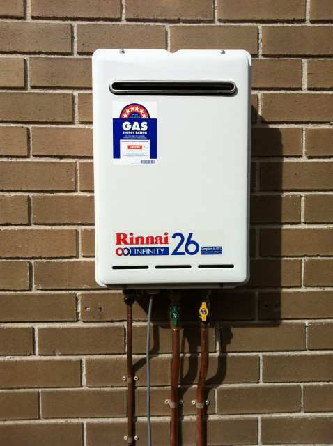 Rinnai Infinity Hot-Water Installation